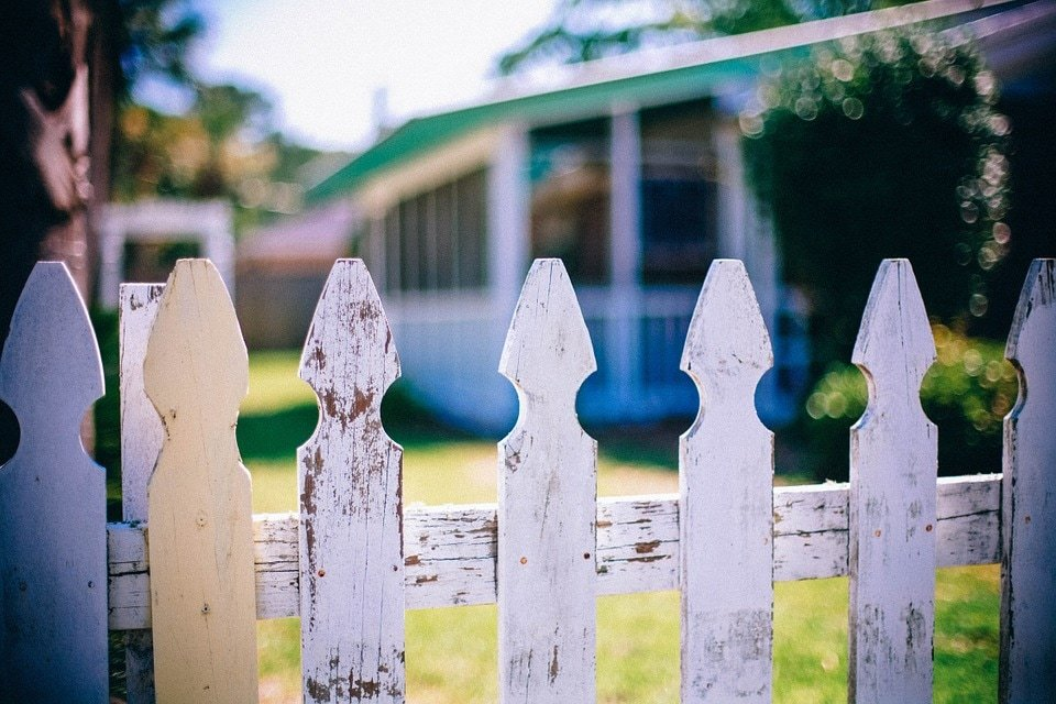 fence contractor repair services