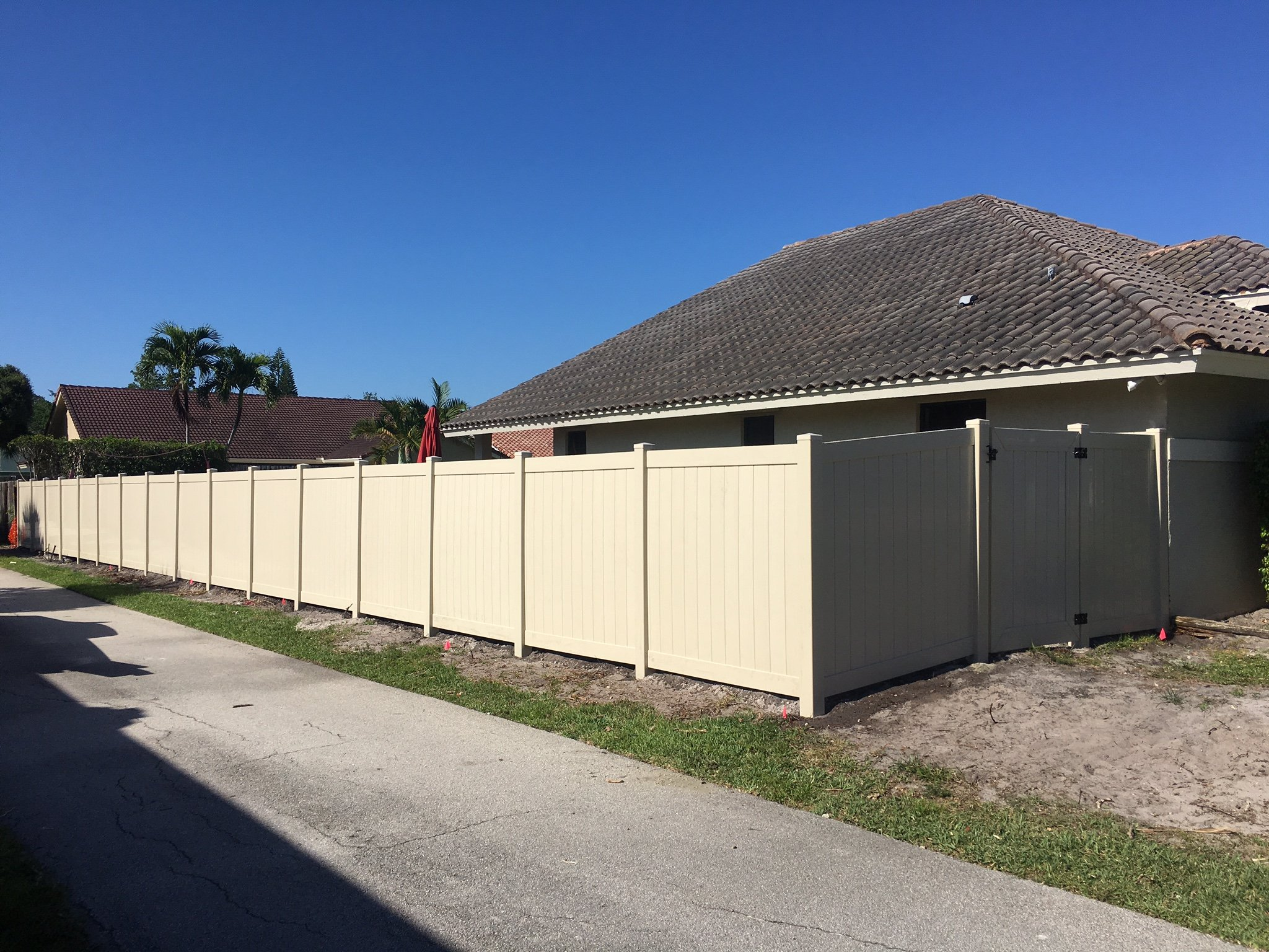 Residential and commercial fencing