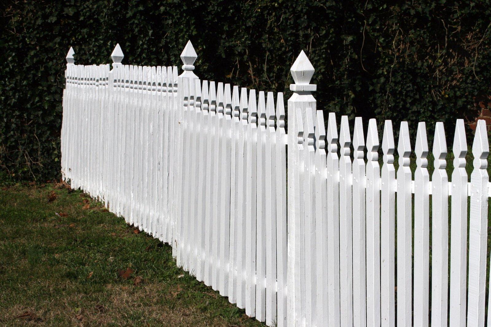 fence repair service Tucson
